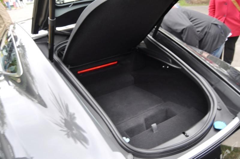 2015 JAGUAR F-TYPE R Coupe -- Lifts Its Bonnet to Show 550HP 5.0-liter V8 3