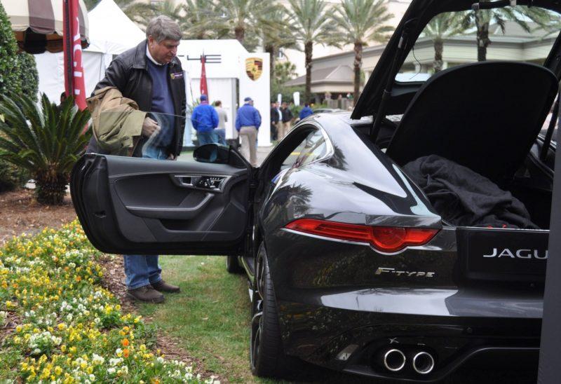 2015 JAGUAR F-TYPE R Coupe -- Lifts Its Bonnet to Show 550HP 5.0-liter V8 5