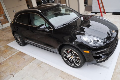 2015 Porsche Macan Turbo -- Looking Amazing, Athletic and Nimble -- 50+ Real-Life Photos Inside and Out 17