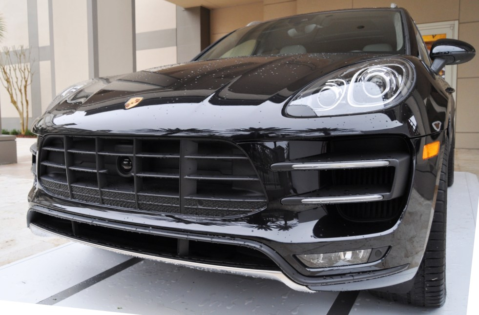 2015 Porsche Macan Turbo -- Looking Amazing, Athletic and Nimble -- 50+ Real-Life Photos Inside and Out 7