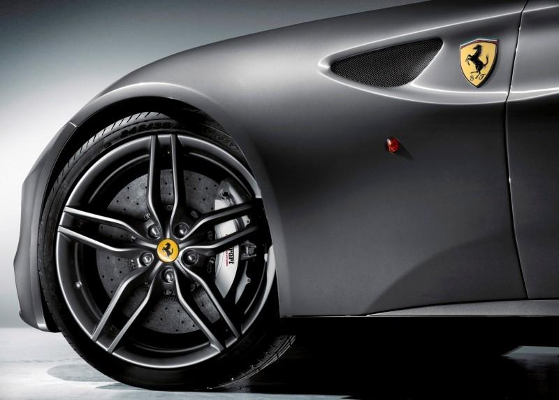 Car-Revs-Daily.com -- Ferrari FF is Monday-Sunday V12 Supercar 231