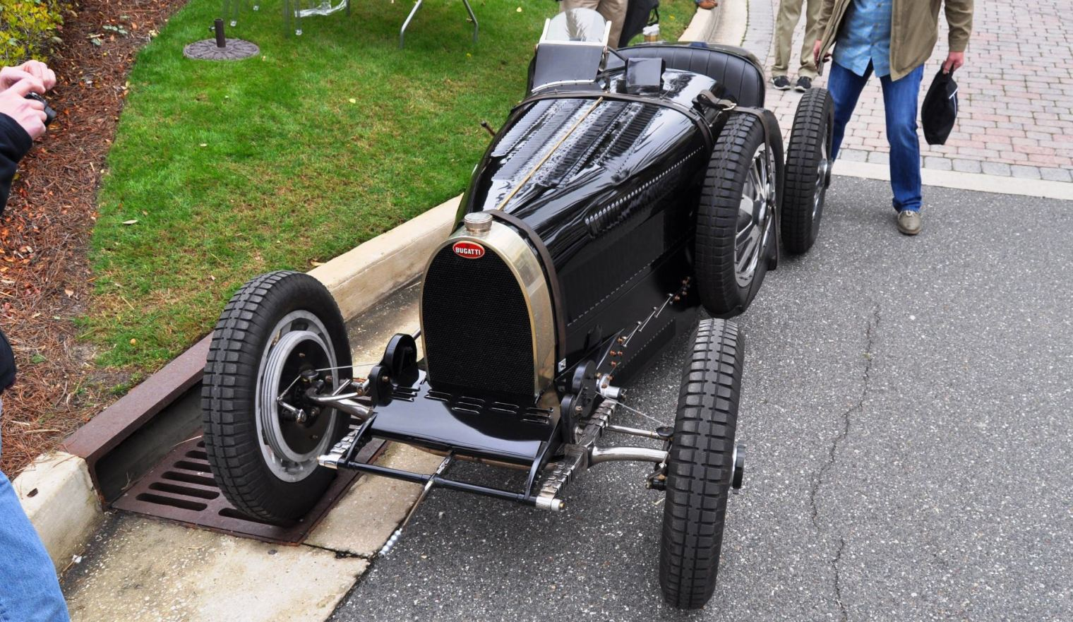 PurSang Argentina Shows Innovative Marketing with Street-Parked 1920s Bugatti GP Car26