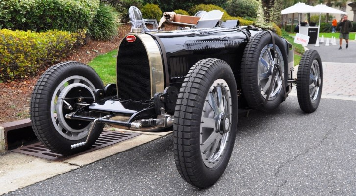 PurSang Argentina Shows Innovative Marketing with Street-Parked 1920s Bugatti GP Car5