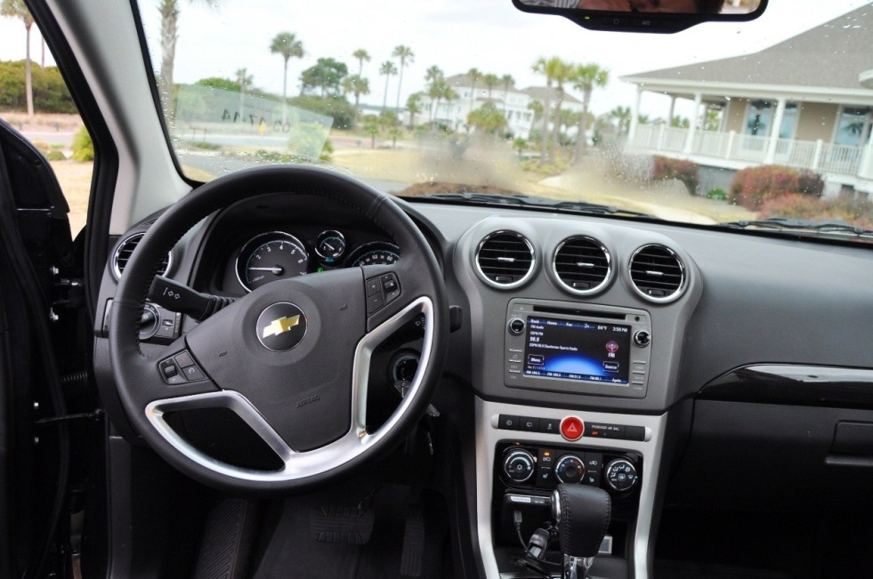 Three-Part HD Road Test Review + 60 Photos -- 2014 Chevrolet Captiva Sport LT -- Euro-Capable, High-Speed EconoCross!39