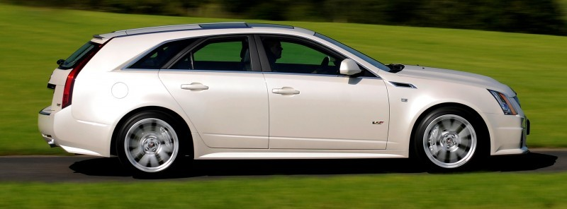 012_Cadillac_CTS-V_Sport_Wagon