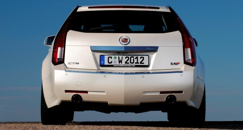 036_Cadillac_CTS-V_Sport_Wagon