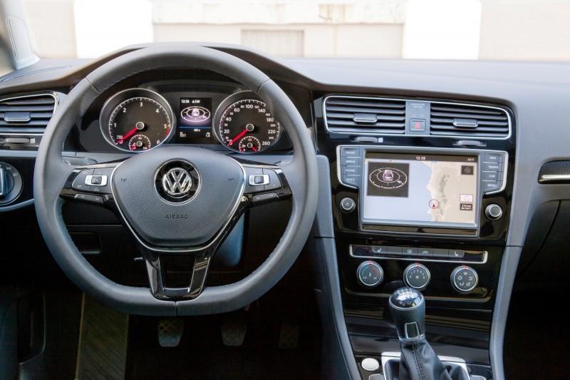 140405 VW Golf_1233 copy