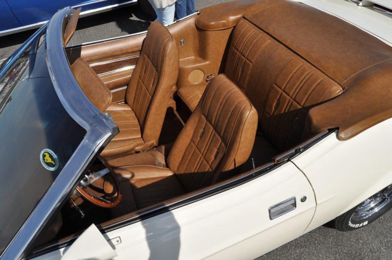 Car-Revs-Daily.com 1972 Ford Mustang Convertible 12