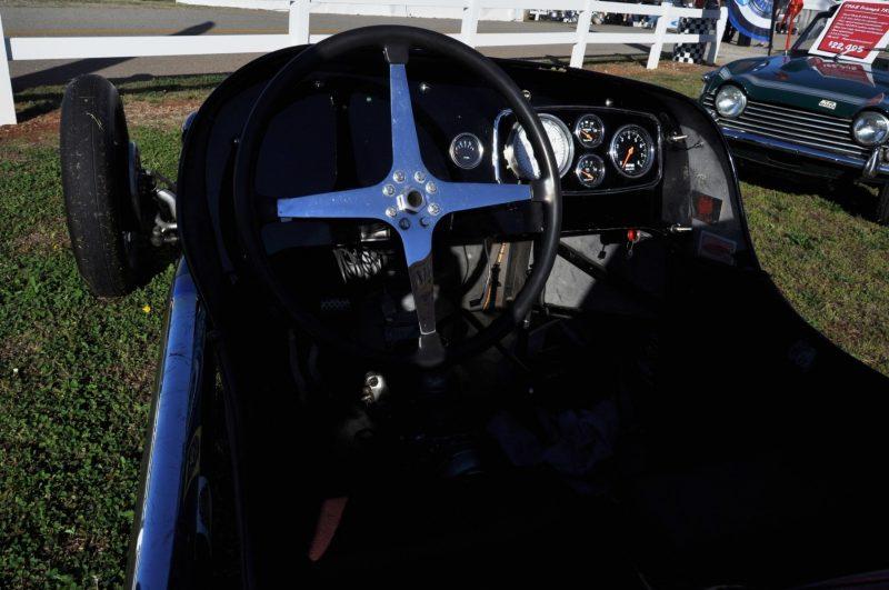 Car-Revs-Daily.com SHAFER 8 Buick 1937 Indy Car 22
