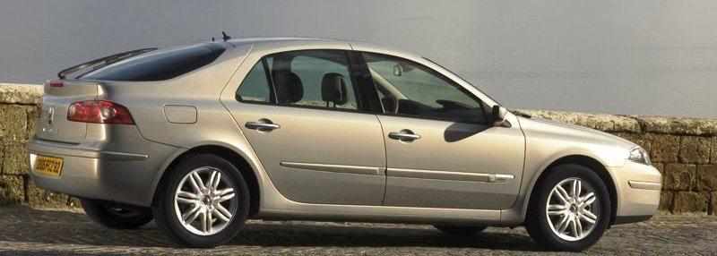 Renault-Laguna_2005_800x600_wallpaper_10