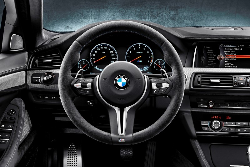 Gone in 3.7s - 30th Anniversary BMW M5 Adds 25 Horsepower, New Steering and New Active M Rear Diff 12