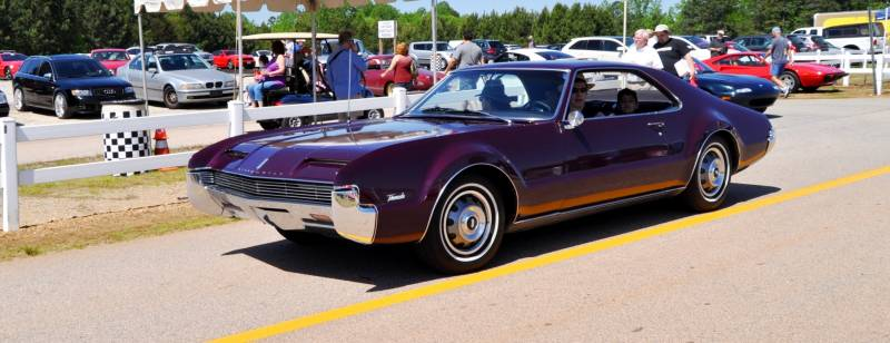 The Mitty's Most Curious Parade Lapper - 1966 Oldsmobile Toronado in Riddler Purple 4