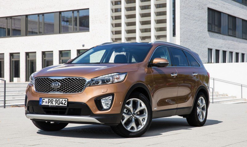 2016 Kia Sorento Debuts in Paris With Jaguar-Baiting Style at Ford Prices 44