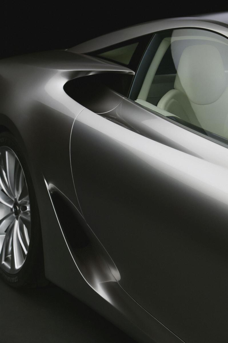 2005 Lexus LFA Coupe 14