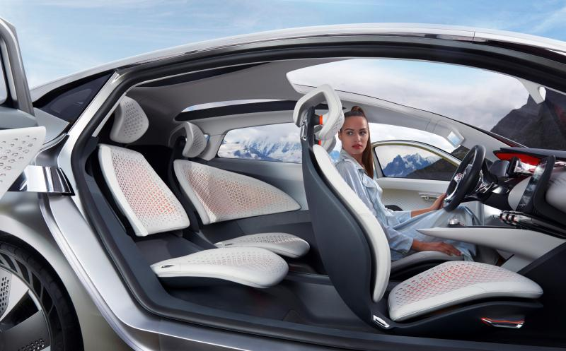 2014 Renault Eolab Concept PHEV 32