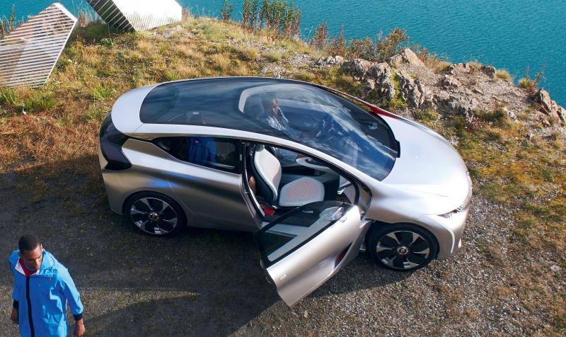 2014 Renault Eolab Concept PHEV 34