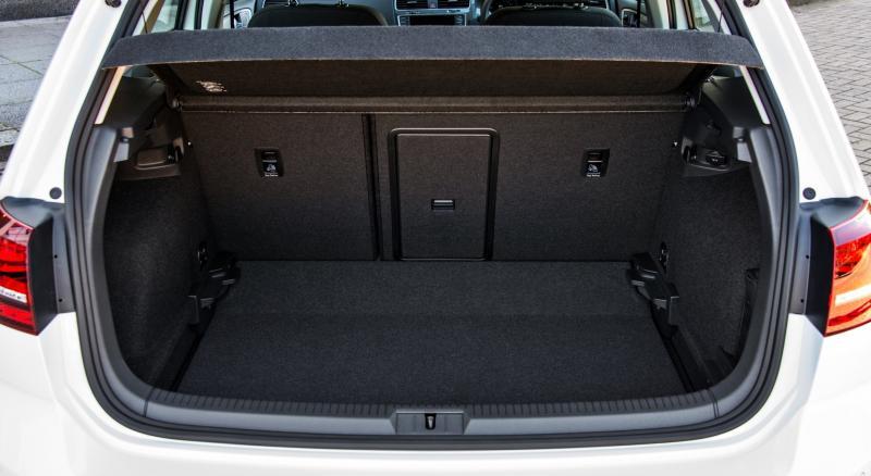 2015 Volkswagen e-Golf 13