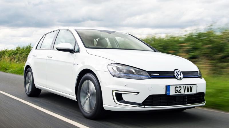 2015 Volkswagen e-Golf 8