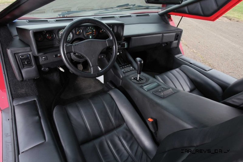 1990 Lamborghini Countach 25th Anniversary Edition 4