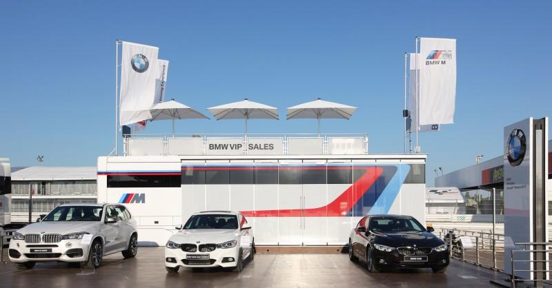 2015 BMW M4 Safety Car 21