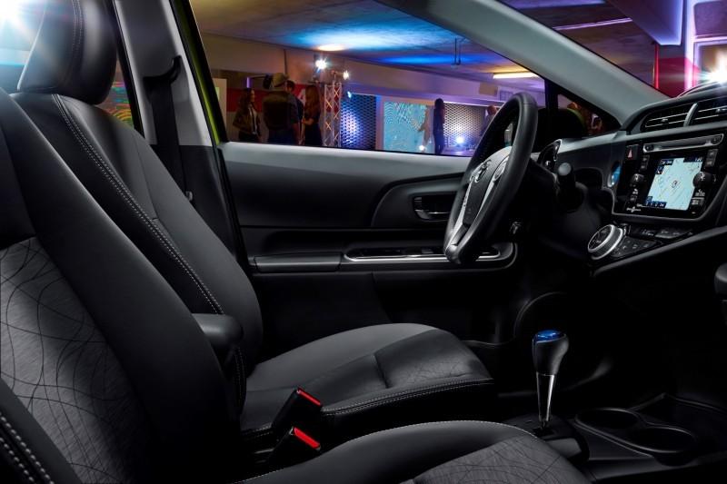 2015 Toyota Prius C 5