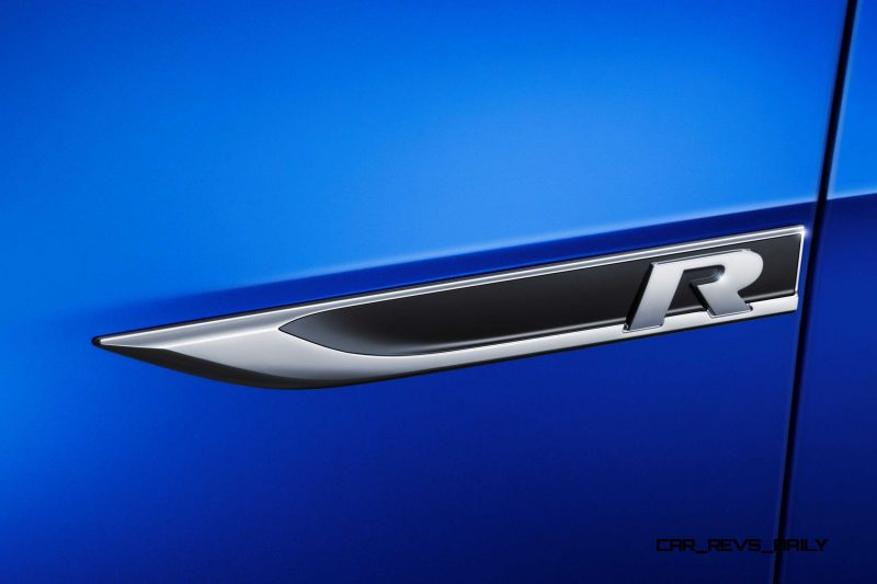 2016 Volkswagen Golf R Sportwagen 1