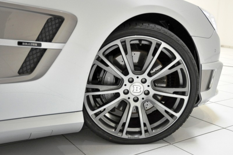 BRABUS Mercedes-Benz SL550 R231 22