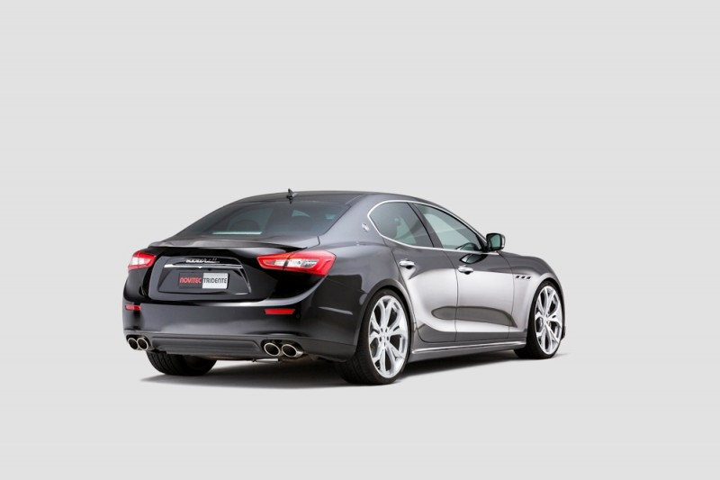 Maserati_Ghilbi047_2200x1119