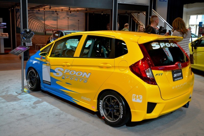 SEMA 2014 Showfloor Photo Gallery - The CARS 6