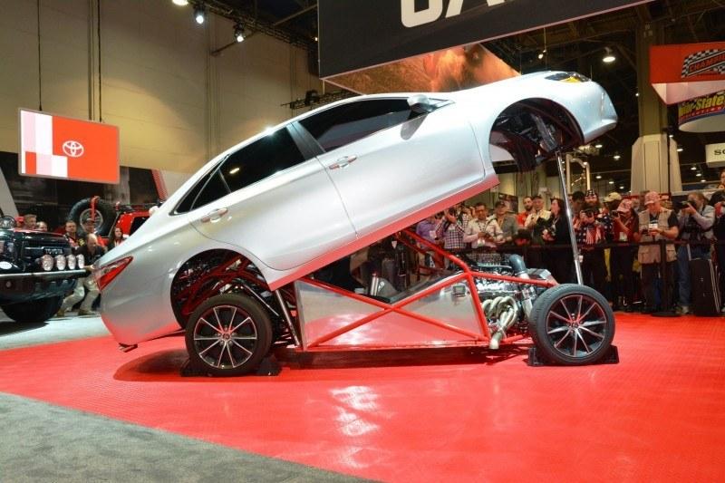SEMA 2014 Showfloor Photo Gallery - The CARS 97