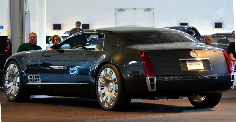 Concept Flashback - 2003 Cadillac Sixteen Hoped to Join $100k+ Limo Segment 22