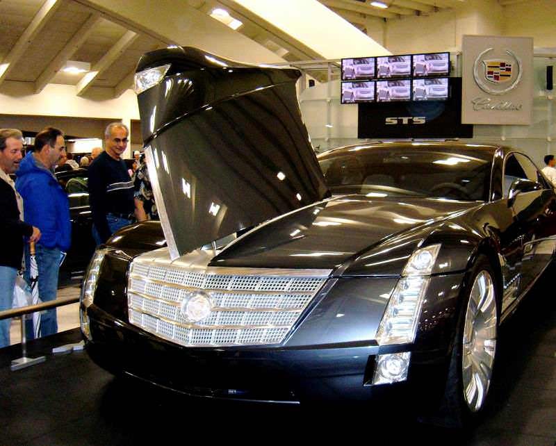 Concept Flashback - 2003 Cadillac Sixteen Hoped to Join $100k+ Limo Segment 46