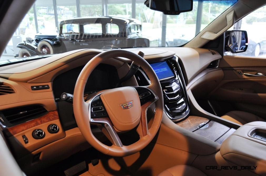 2015 Cadillac Escalade Platinum and Standard Model Unveiled for Pebble Beach 90