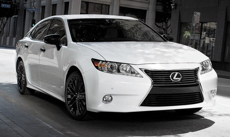 2015 Lexus Crafted Line Debuts at Pebble Beach with Five TUMI-Styled Production Models 1