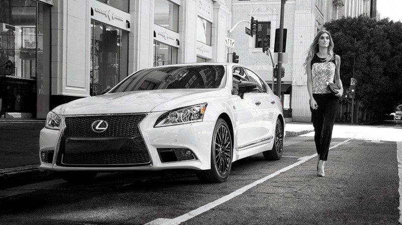 2015 Lexus Crafted Line Debuts at Pebble Beach with Five TUMI-Styled Production Models 13