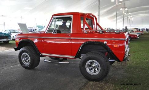 1970 Ford Bronco V8 Pickup 24