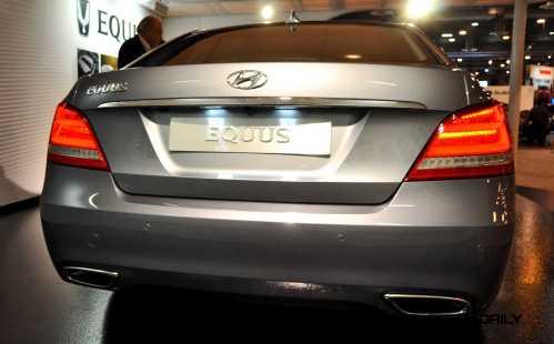2015 Hyundai Equus 14