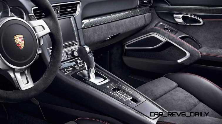 2015 Porsche 911 Targa 4 GTS 32