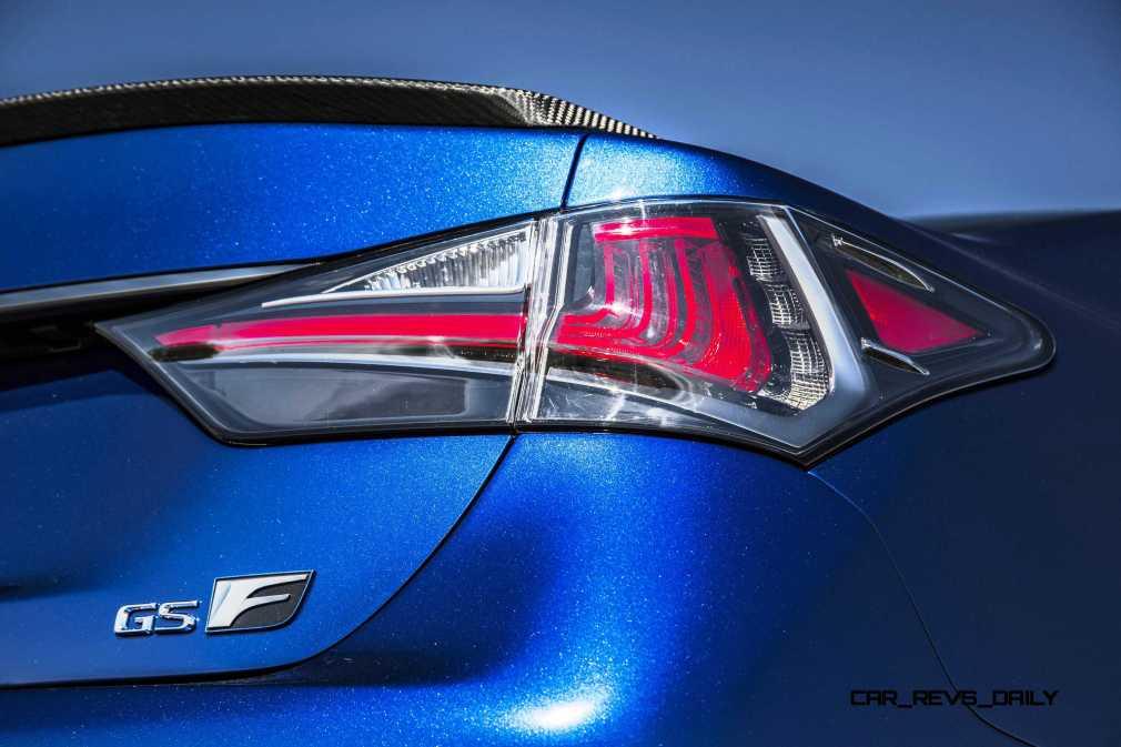 2016 Lexus GS F 10