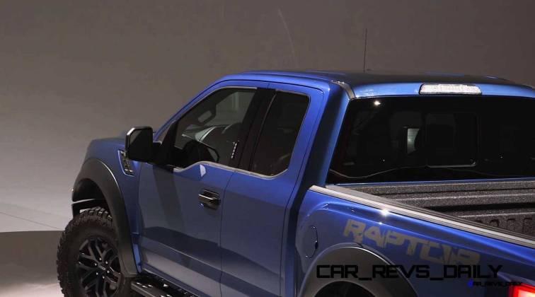 2017 Ford F-150 RAPTOR Studio Stills 16