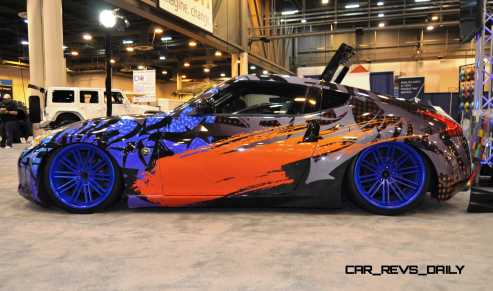 Hand-Airbrushed Nissan 370Z LowRider 9