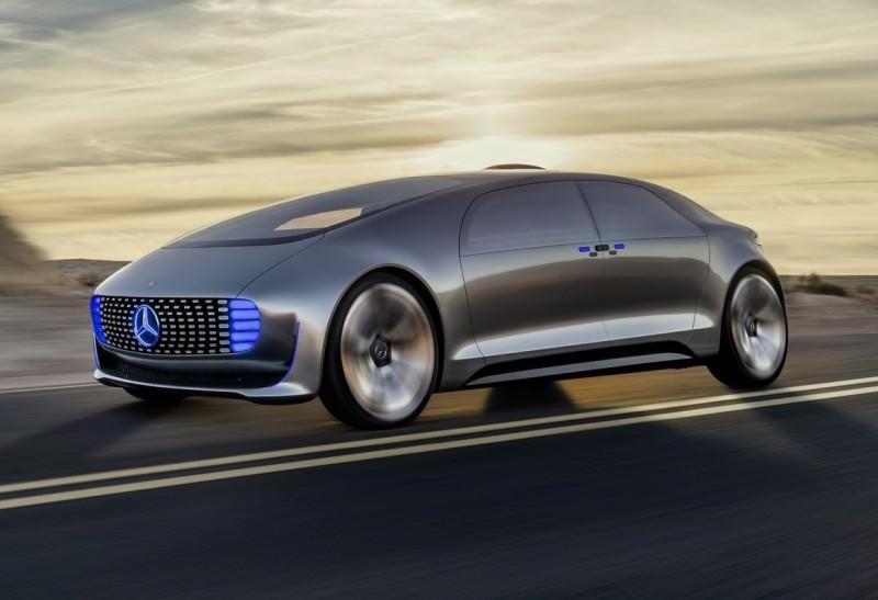 Mercedes-Benz F 015 Concept 14