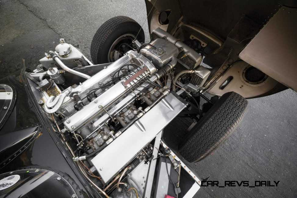 1955 Jaguar D-Type Twin-Cowl 4