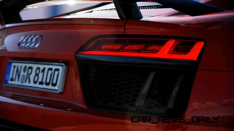 2016 Audi R8 V10 Plus 17