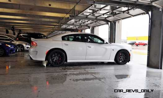 2015 Dodge Charger SRT HELLCAT Review 14