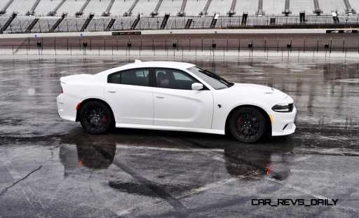 2015 Dodge Charger SRT HELLCAT Review 49