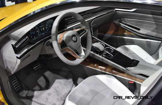 2015 Volkswagen Sport Coupe Concept GTE 16