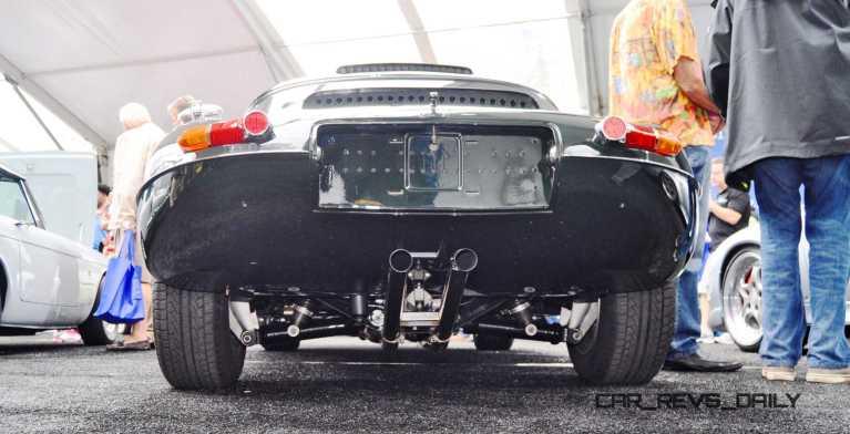 1961 Jaguar E-Type Series I Lightweight Replica 14