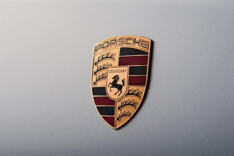 LeMans Homologation Specials - 1998 Porsche 911 GT1 Evo Strassenversion 5