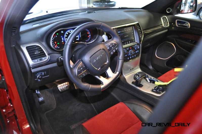 2015 Jeep Grand Cherokee SRT  9